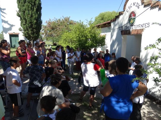 Asamblea en defensa de las Escuelas Záccaro y Los Constituyentes